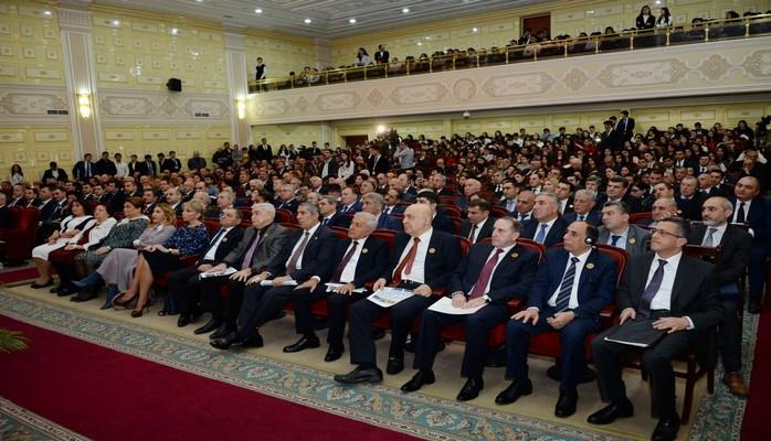 В БГУ отметили 90-летие юридического факультета вуза
