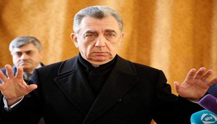 Eldar Əzizov töhmət verdiyi baş direktoru işdən çıxardı