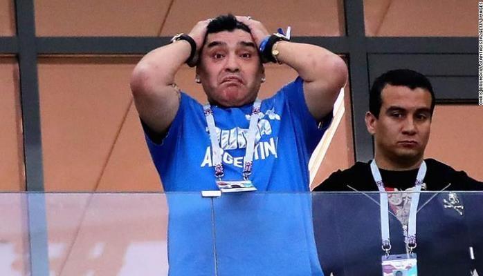 Maradona 1,5 ay əvvəl təyin olunan məşqçini göndərdi