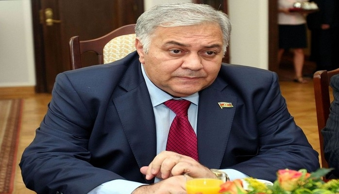 Октай Асадов депутатам: Кажется, мы будем вынуждены закрыть буфет