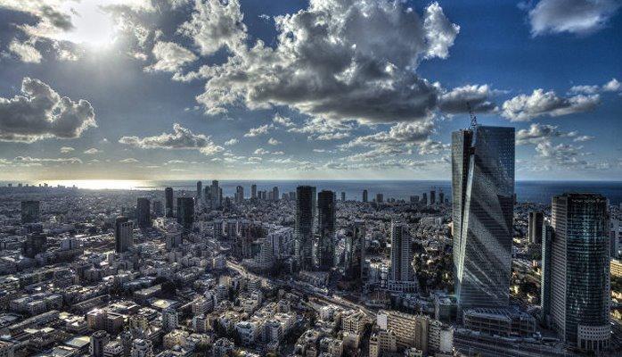 В Израиле частные автомобили станут электрическими, заявил Штайниц