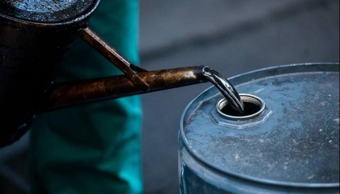 Bu il paytaxtda 700 min tonadək avtomobil benzini istehsal olunub