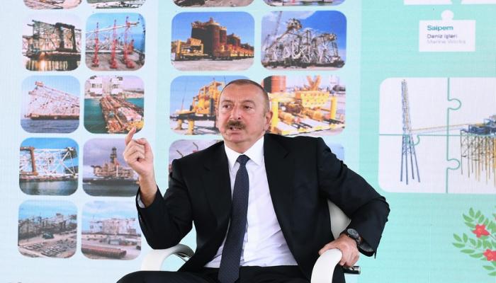 """Prezident: """"Neftçilərimizin əməyi Azərbaycan xalqının maraqlarına xidmət edir"""""""