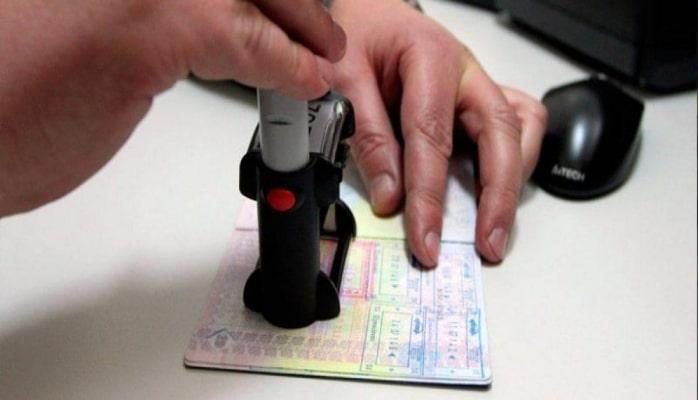 В Азербайджане ввели новые правила приема обращений и документов для получения разрешения на временное проживание