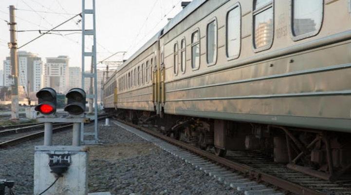 Казахстан временно приостановит движение поездов в Китай