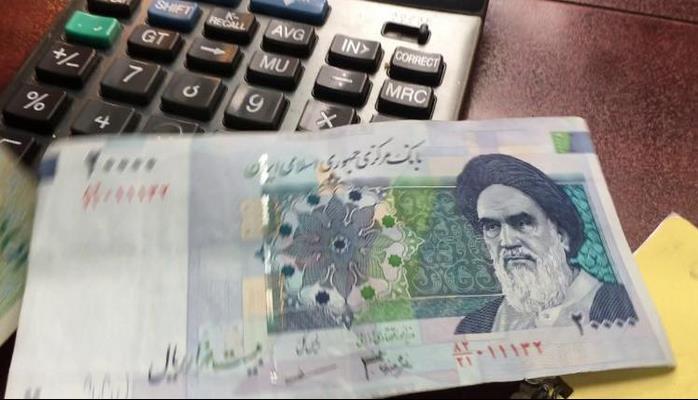 İran pulunu dəyişir