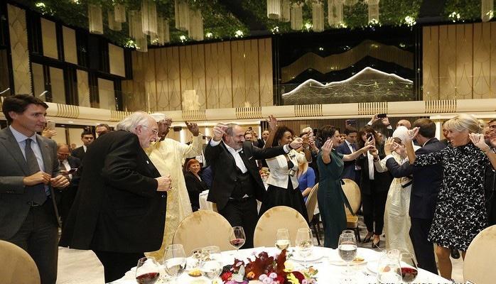 Неудачный Ереванский саммит Франкофонии, завершившийся под азербайджанские мелодии