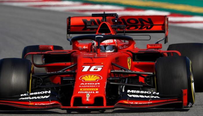 Пилот 'Феррари' Леклер впервые победил на этапах 'Формулы-1'