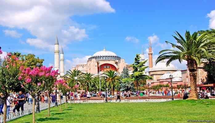 В Турции сократилось число туристов из Беларуси