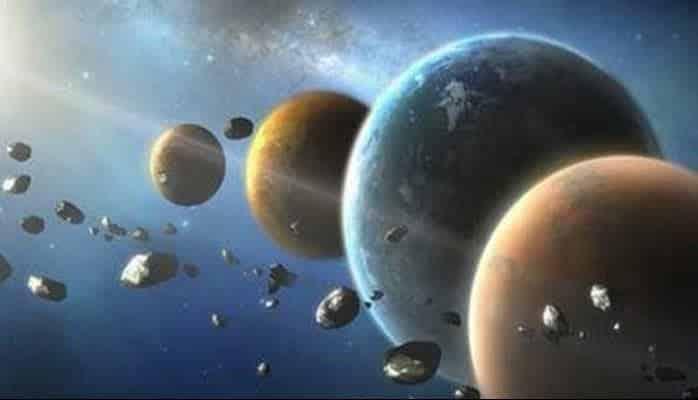 Güneş Sistemindeki Gezegenler Neden Hep Aynı Şekle Sahip?