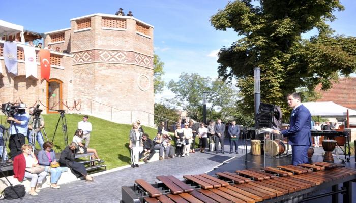 В Будапеште открылся венгеро-турецкий фестиваль Гюль-Баба