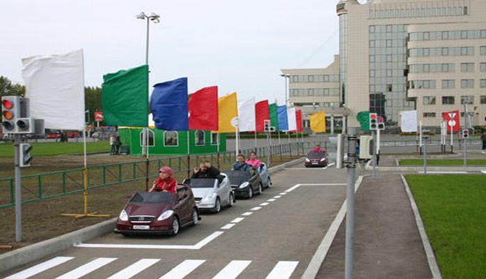 В Азербайджане будут созданы детские автогородки и автоплощадки