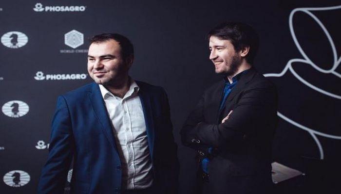 Два азербайджанских шахматиста сражаются друг с другом на Кубке мира