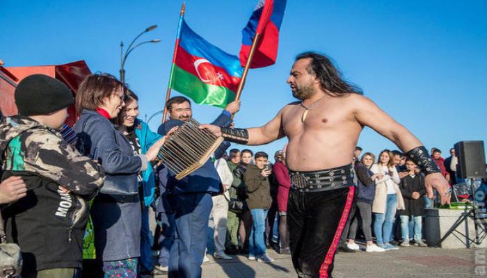 Azərbaycanlı pəhləvan rusiyalıları heyran qoydu