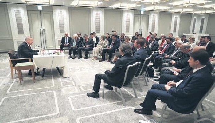 Başkan Erdoğan, G-20 Zirvesi'ndeki temaslarını ve BM Genel Sekreteri'ne yaptığı güvenli bölge önerisini medya temsilcilerine anlattı.