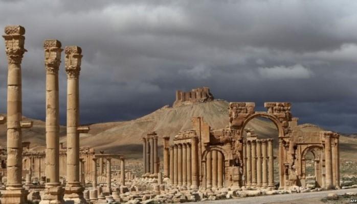 В бывшем логове террористов на юге Сирии нашли артефакты античной эпохи