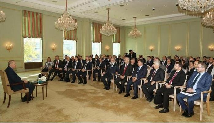Эрдоган в Берлине провел закрытую встречу с соотечественниками