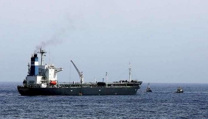 Çin İran neftini bu ölkənin gəmiləri ilə daşıyacaq