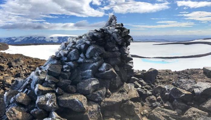 İslandiyada ərimiş buzlağa xatirə lövhəsi açılacaq