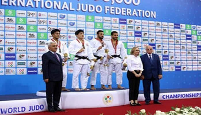 Ровнаг Абдуллаев принял участие в церемонии награждения победителей чемпионата мира по дзюдо