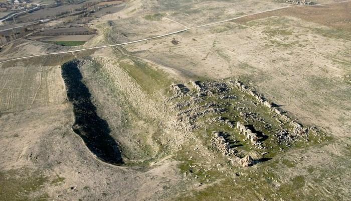 2 bin yıllık Laodikya Stadyumu'nun antik yolu gün ışığına çıkarılıyor (Denizli)