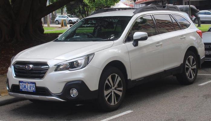 Стала известна цена нового Subaru Outback для России