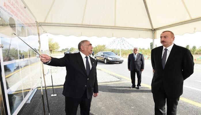 Президент Ильхам Алиев принял участие в открытии автодороги в Губе