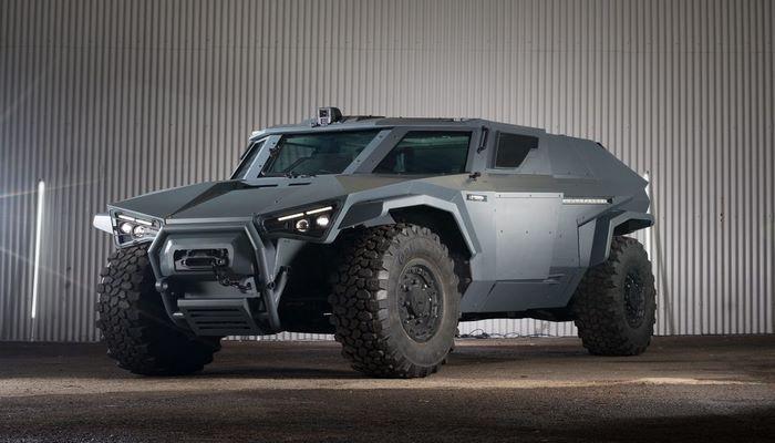 Volvo, Yengeç Gibi Yan Yan Hareket Edebilen Yeni Askeri Aracını Tanıttı