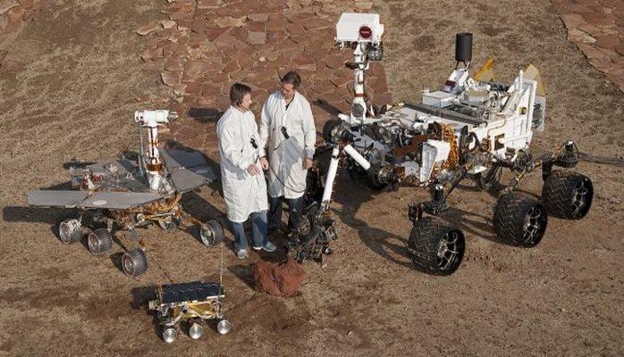 Крупнейшая пылевая буря на Марсе закончилась. Выйдет ли «Оппортьюнити» на связь?