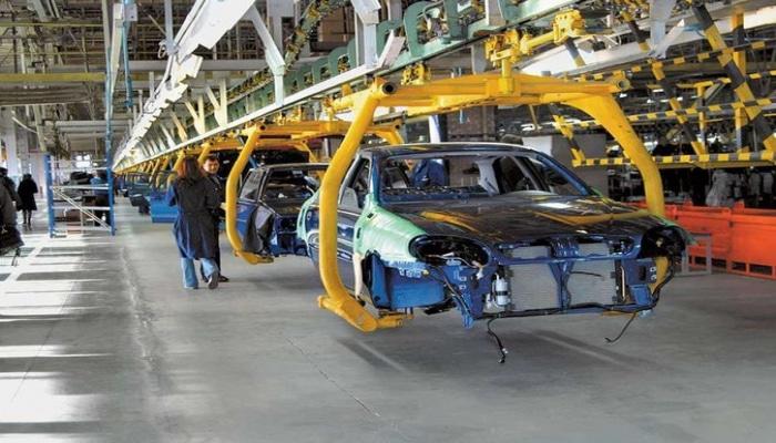 В Азербайджане производится 6 автомобилей в день
