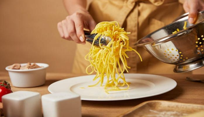Нужно ли промывать макароны