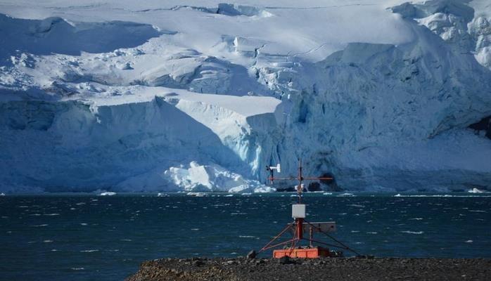 Ученые обнаружили выделение радиации льдами Антарктиды