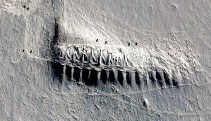 В Антарктике нашли загадочные строения длиной в 2 километра