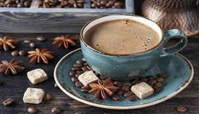 Открытие: горячий кофе намного полезнее холодных кофейных напитков