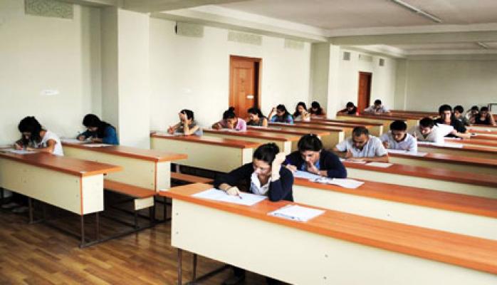 В Азербайджане будет проведен тестовый экзамен для желающих работать в органах миграции