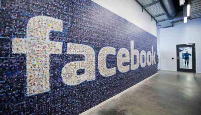 Facebook потеряла $3 млрд