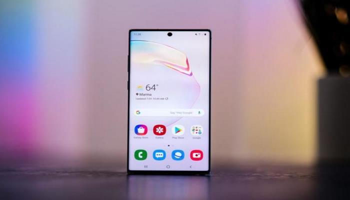 Назван смартфон с лучшим дисплеем
