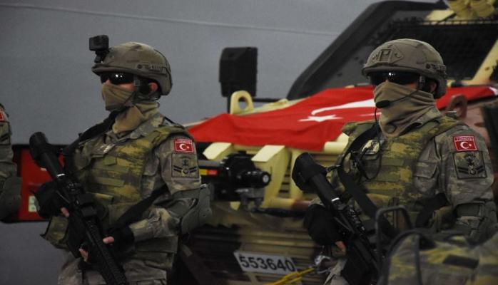 Турция начала масштабные военно-морские учения