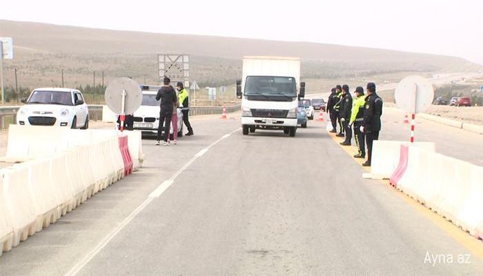 Ara yollarda da polis postları qurulub