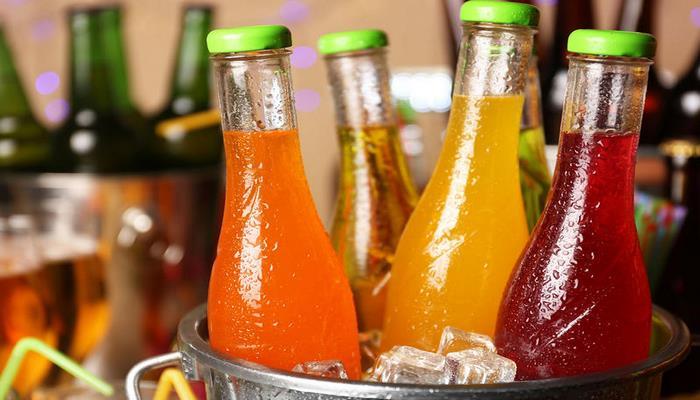 Врачи рассказали о приемлемой дозе сока без вреда для здоровья