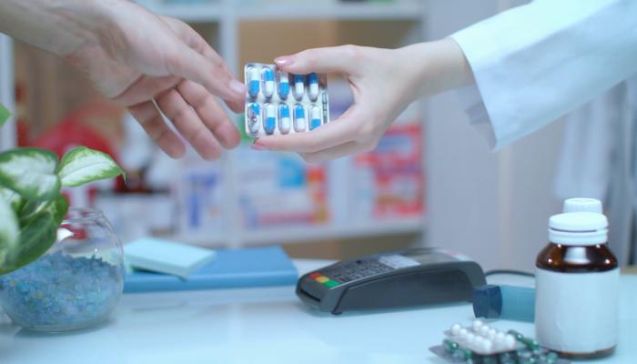 В августе население Азербайджана израсходовало на лекарства и медицинские принадлежности более 56 млн. манатов
