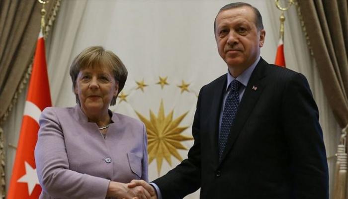 Ərdoğan Merkellə veideokonfrans formatında görüşü olub