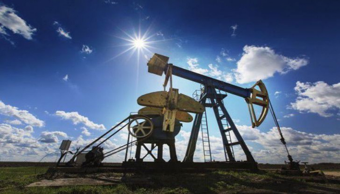 На мировых рынках нефть подешевела