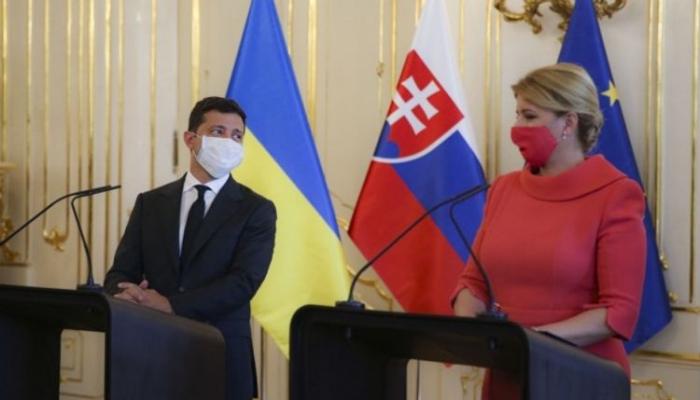 Zelenski Ukraynada pandemiyanın ikinci dalğasının başladığını bildirib
