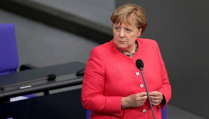 Ангела Меркель призвала Армению и Азербайджан прекратить огонь
