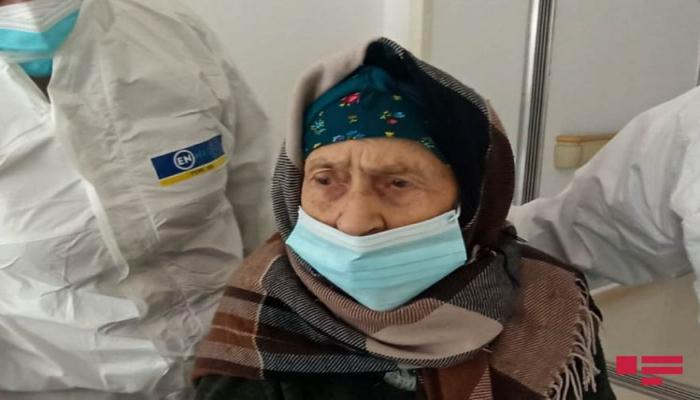 Goranboyda 110 yaşlı qadın koronavirusdan sağalıb