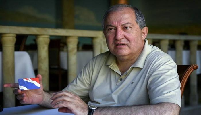 Ermənistan prezidenti polis komandirini vəzifəsindən kənarlaşdırıb
