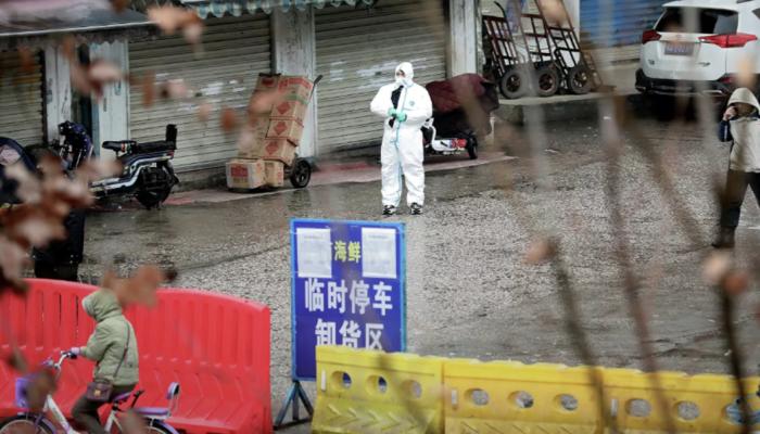 Власти Китая за сутки выявили 12 заразившихся коронавирусом