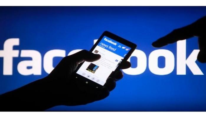 Facebook представила «портал»: две умные колонки с экранами