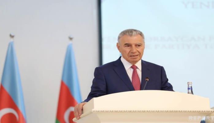 Али Гасанов: Готов ежемесячно перечислять в фонд 200 манатов из своей пенсии